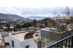 Bodrum Türkkuyusu'da Site İçi Satılık 2+1 Dubleks Müstakil Villa