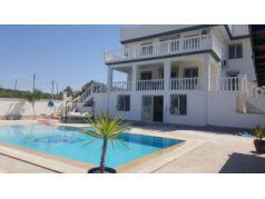 Didim Yeşiltepe'de Satılık 4+1 Havuzlu Masrafsız Müstakil Villa
