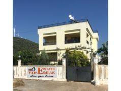Didim Yeşiltepe de Satılık Havuzlu 4+1 Ayrı Mutfak Deniz Manzaralı Villa